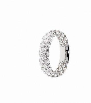 Fedi e anelli di fidanzamento, promesse d'amore eterno