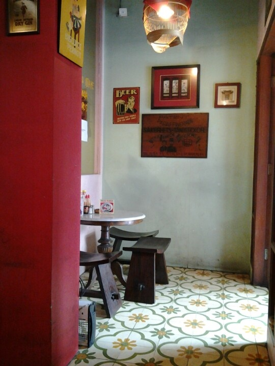 1000  Images About Peranakan Inspired Decor Ideas On Pinterest
