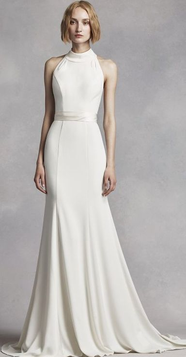 Vestido de Novia Recto y Halter. De White by Vera Wang. Sólo en David's Bridal México