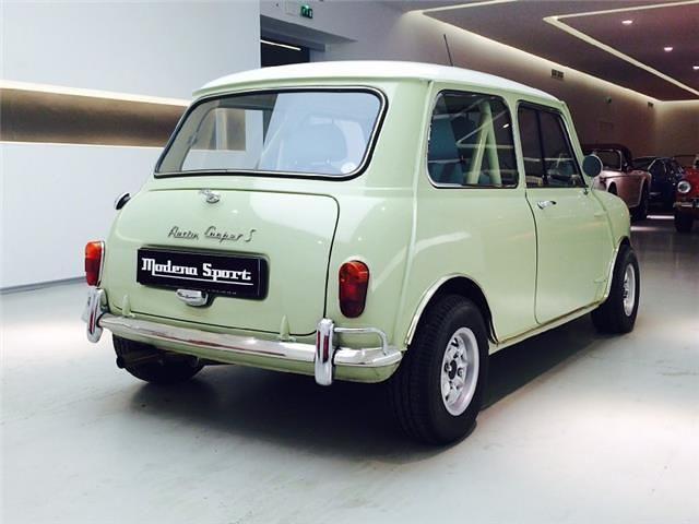Deze Austin Mini Cooper S Uit 1965 Met 5041km Op De Teller Is