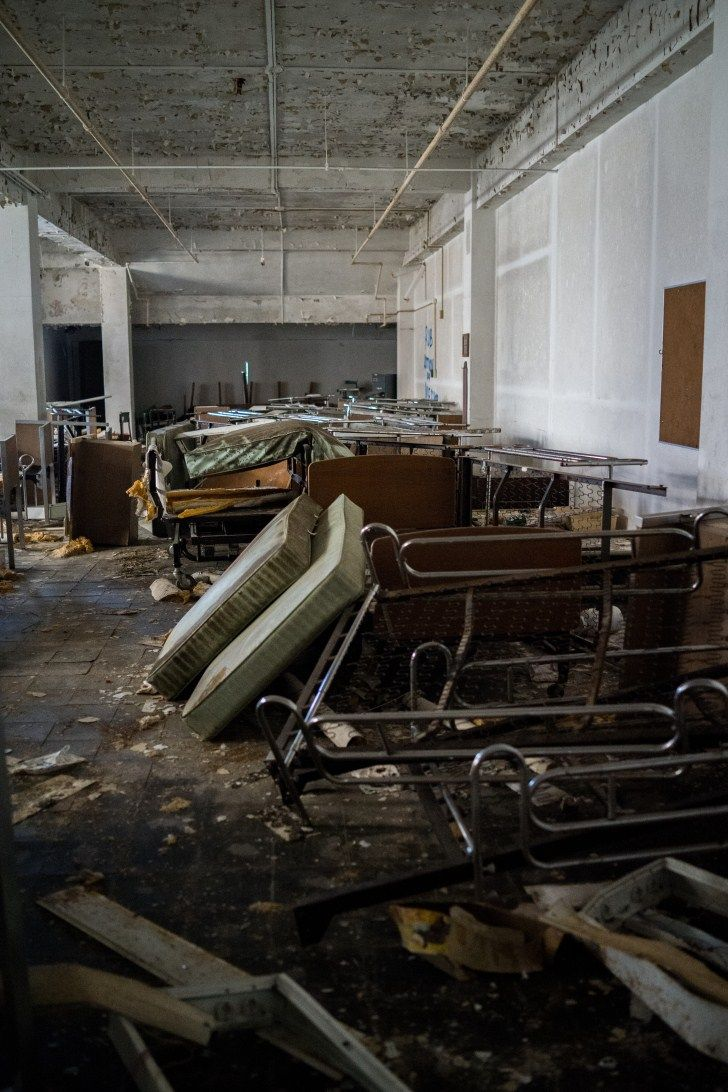 Hudson River State Hospital Abandoned and Now For Sale – Abandoned Playgrounds