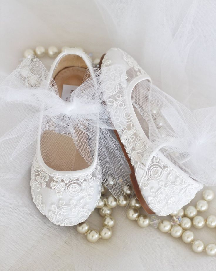 Girls WHITE Crochet Lace shoes - Maryjane Flats With Tulle Bow
