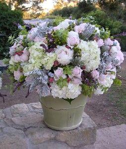 How gorgeous!: Flowers Bouquets, Flowers Power, Fresh Flowers, Rose Stories, Gardens Rose, Floral Arrangements, Bouquets Flowers, Stories Farms, Brownies Flowers