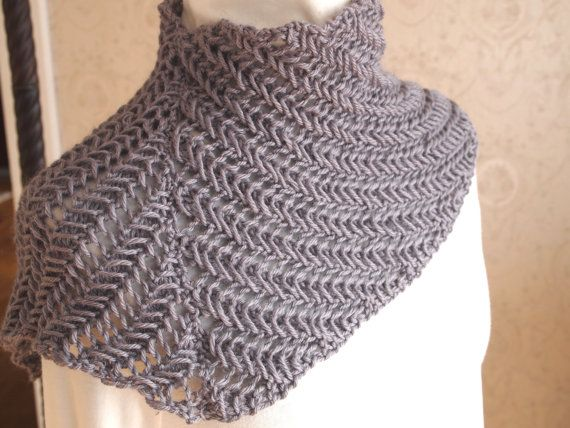 Traxs Cowl PDF Hand Knitting Pattern by KnitChicGrace on Etsy, $4.50