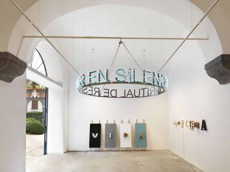 Studio Trisorio  This is one of the oldest and well knowen galleries of he city focused on contemporary art, new tendencies and photography.    www.studiotrisori...  Riviera di Chiaia 215 - Napoli