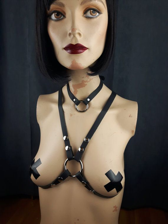 Harness Leather / Body Harness / Simple O-Ring by StarCreationsCa