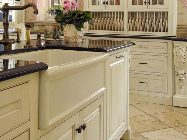 White Farm Style Kitchen Sink