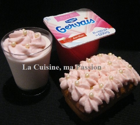 Gâteaux et Mousses aux P'tits Gervais Fraise ...  j'ai flaché sur la mousse petit Gervais