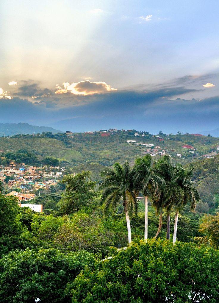 #SoyColombiaPorque me impresionan los Farrallones en Cali cc @soycolombiaporq