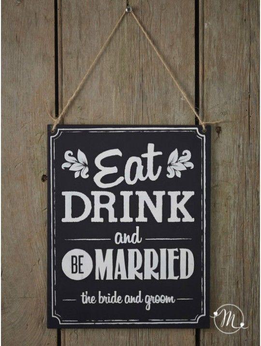 Cartellone wedding eat drink and be married. Insegna in lavagna in legno con la scritta eat, drink, and be married. Indicherà l'angolo bar e ristorazione.  Misure: 20 cm. Misure: 20 cm.  In #promozione #matrimonio #weddingday #wedding #ricevimento #insegne #decorazioni #luci #banner #illuminatedsigns #decorations #lights #lavagna #eatanddrink #married #bar