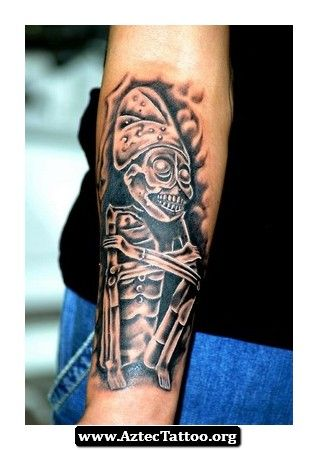 17 best images about tatus on pinterest goodfellas for Aztec lion tattoo meaning