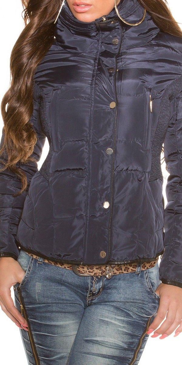 Dámská zimní bunda tm.modrá - bunda má vysoký límec, který je zevnitř vyteplen jemným kožíškem