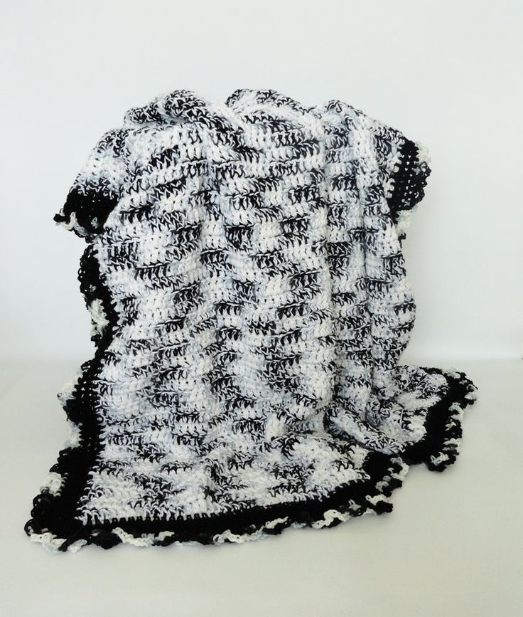 👯 Cobertor Afegão Crochê Preto e Branco Criativo -  /  👯 Blanket Afghan Crocheting Black and White Creative -