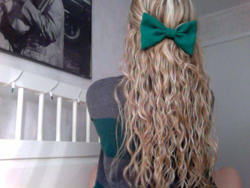 Cute hair, cute bow.
