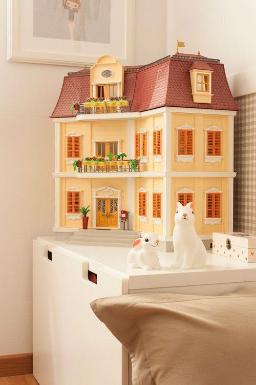 https://i.pinimg.com/736x/6d/f1/f5/6df1f503e7f15b3063d116431d4c1e8f--playmobil-dollhouses.jpg