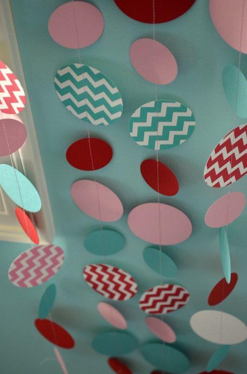 DIY Chevron Circle Garland Banner | Pink, Red, Blue | Laurel Lane Crafts