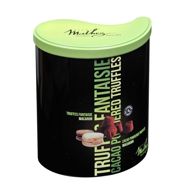 """Truffes fantaisie macaron de la collection """"Les Inséparables"""".  #mathez #chocolatetruffles #macaron #collection #packaging"""