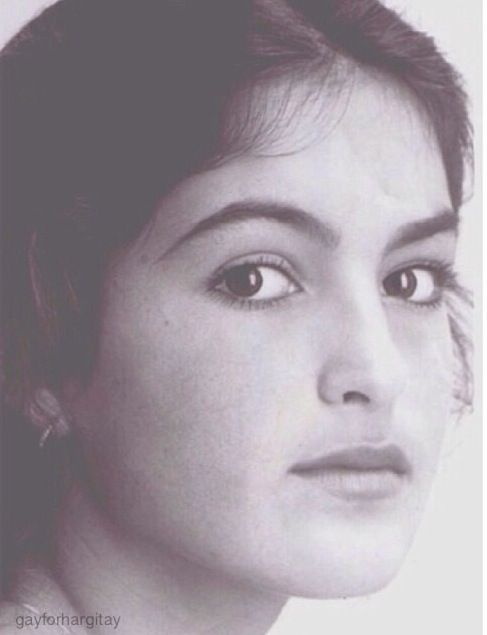 Young Mariska Hargitay...so so pretty
