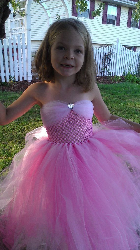 Sleeping Beauty tutu dress for the girls. Add tulle straps.