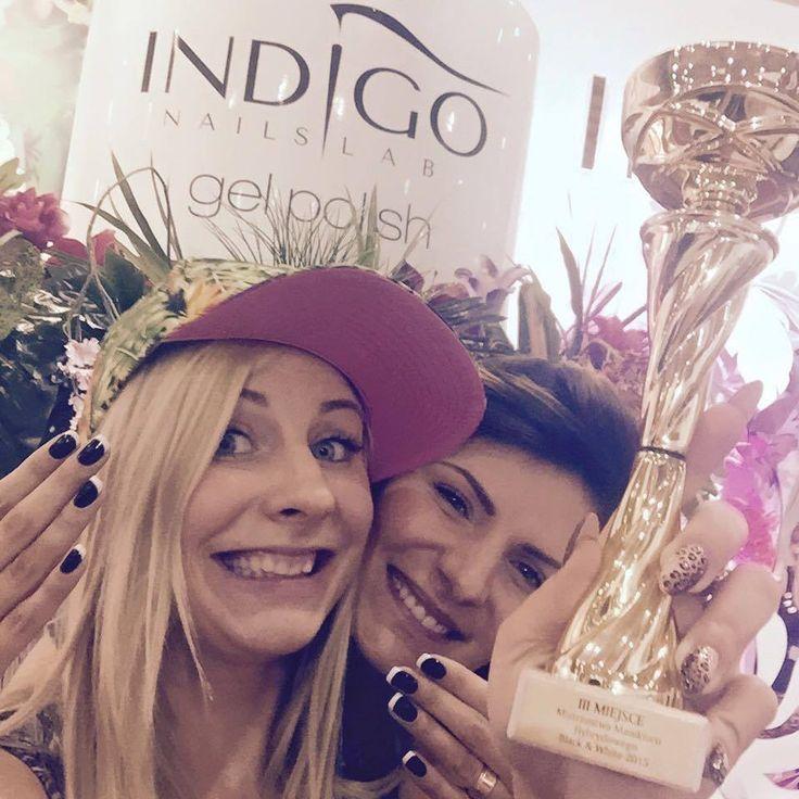 Na tegorocznych Mistrzostwach manicure hybrydowego black & white Indigo zdobyło I i III miejsce! Na podium stanęły Magdalena Żuk (III) i Milena Malinowska (I). !!! <3 <3 <3  www.indigo-nails.com #nailart #nails #indigo #champion #warsaw #beautyforum #black #white #gelpolish #blackandwhite