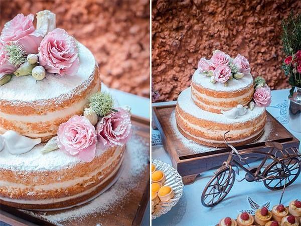 Bolo lindo, mudaria apenas a cor da flor do bolo