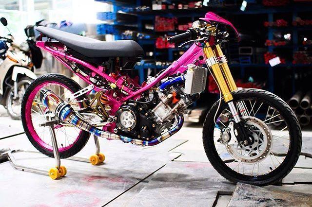 WEBSTA @ modified_kilat - �#custom #modified #motorcycle #motorsport #motor #motorcycles #motorcross #motorbikes #engine #2stroke #4stroke #compact #cars #car #exciter150 #exciter #motogp #yamaha #suzuki #rr #demak #sym #honda #modenas #kawasaki #kawasakininja