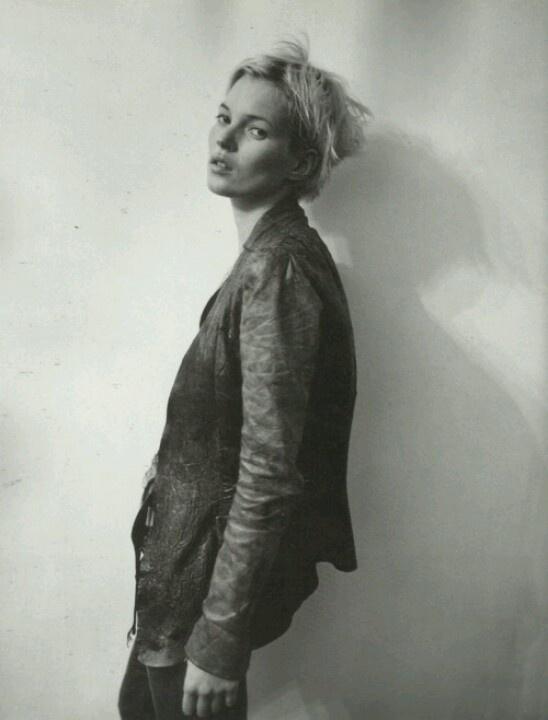 ★ Rock 'n' Roll Style ★ Kate Moss wearing Rick Owens - Vogue US April 2001 (via thegiftsoflife.tumblr)
