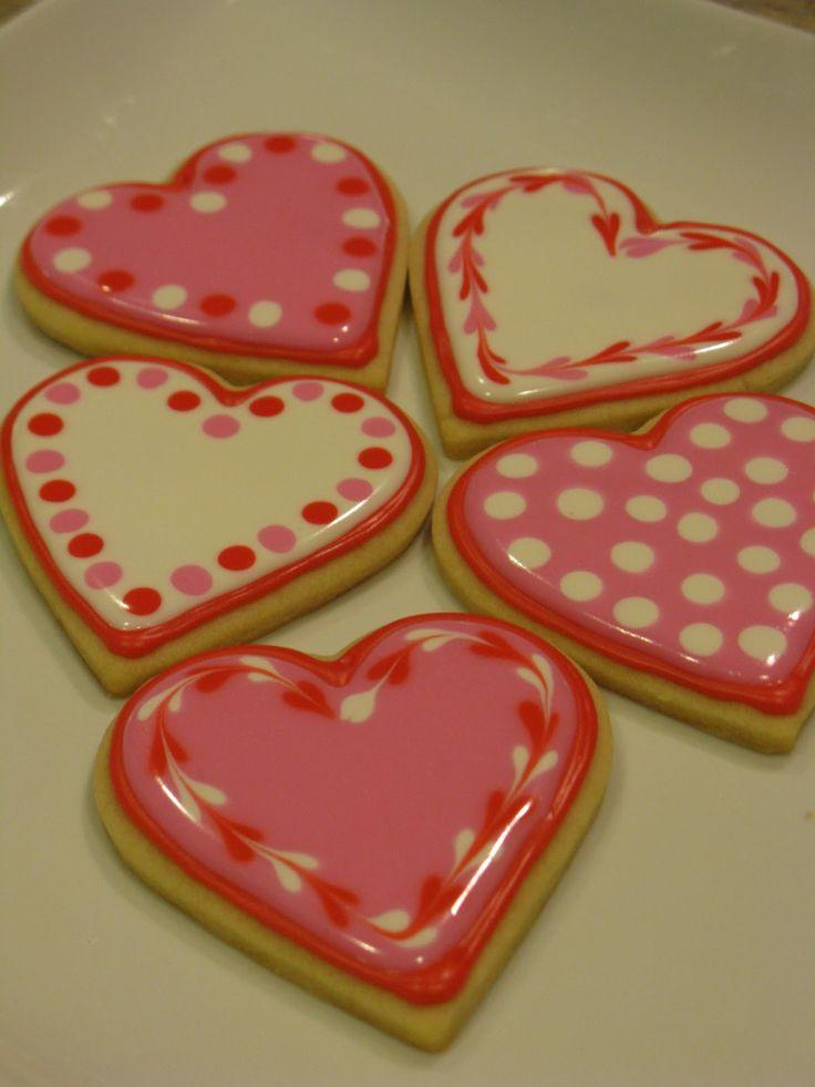 valentine cookies via #TheCookieCutterCompany