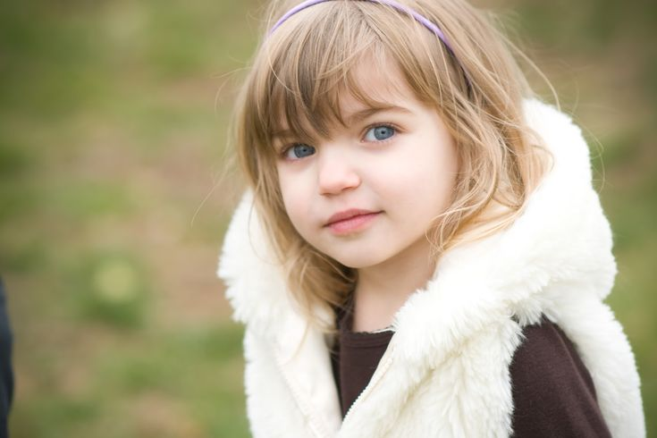 Beautiful Blue Eyes Baby Girl HD Wallpaper 1440 x 900