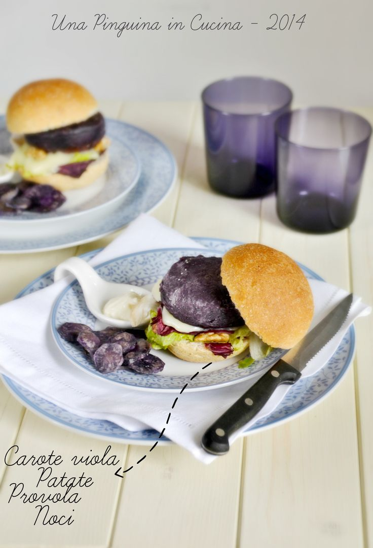 Violet burger, hamburger di carote viola, hamburger with violet carrots