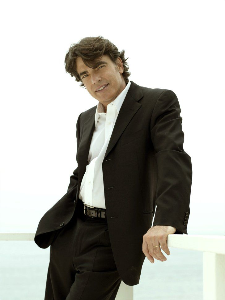 Pin for Later: The Cast of The O.C.: Where Are They Now? Peter Gallagher as Sandy Cohen