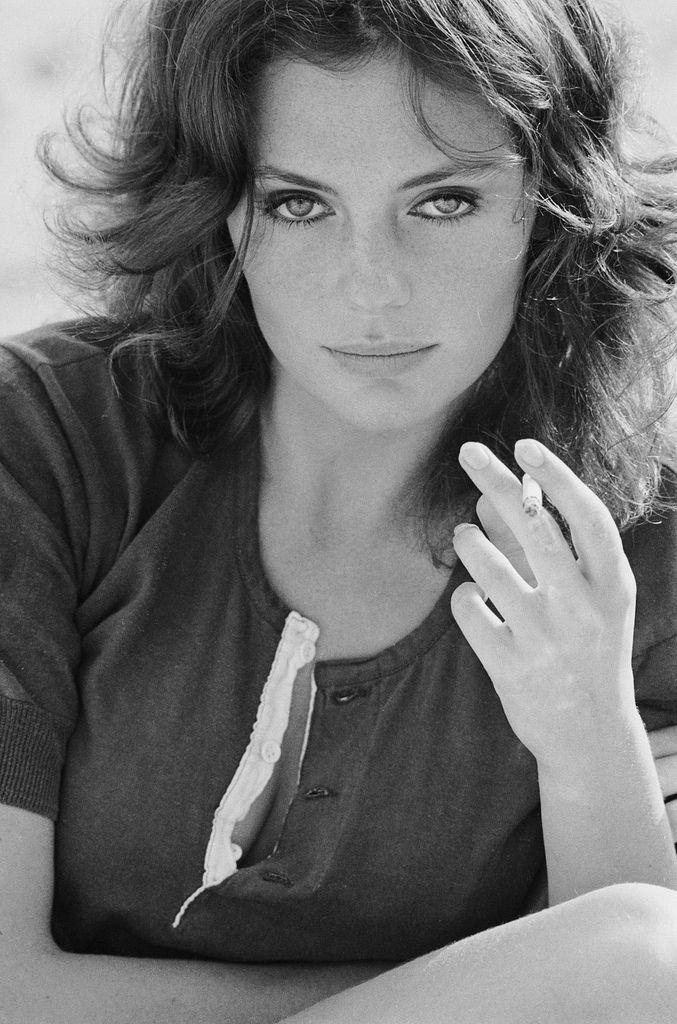 Elegancia y sutileza: Jacqueline Bisset.