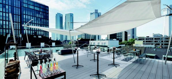 Design Offices Frankfurt #rooftop #party #overthecity #sundowner #exclusive