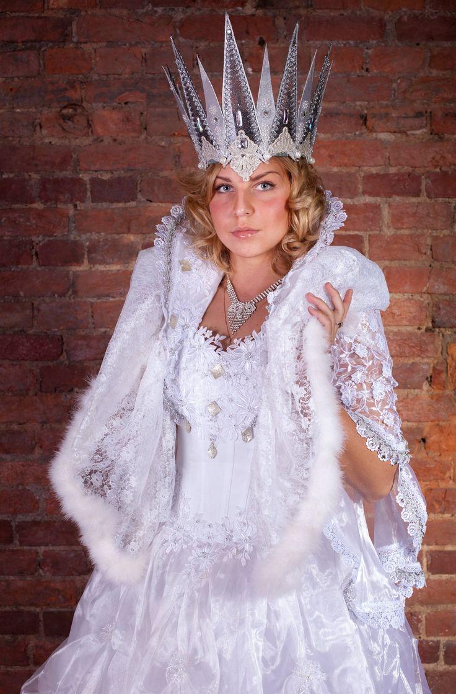 новогодний костюм снежной королевы фото один