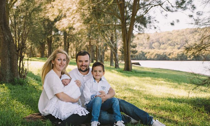 outdoor family photos by Brand New Baby