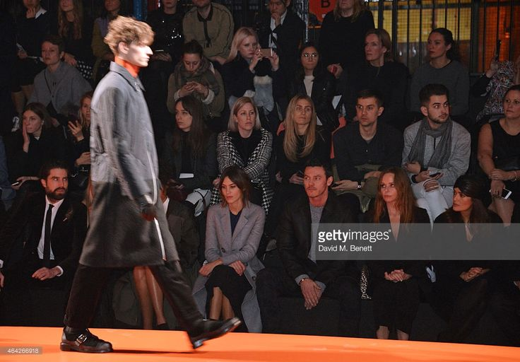 Jack Guinness Alexa Chung Luke Evans Stella McCartney and Salma Hayek... ニュース写真   Getty Images