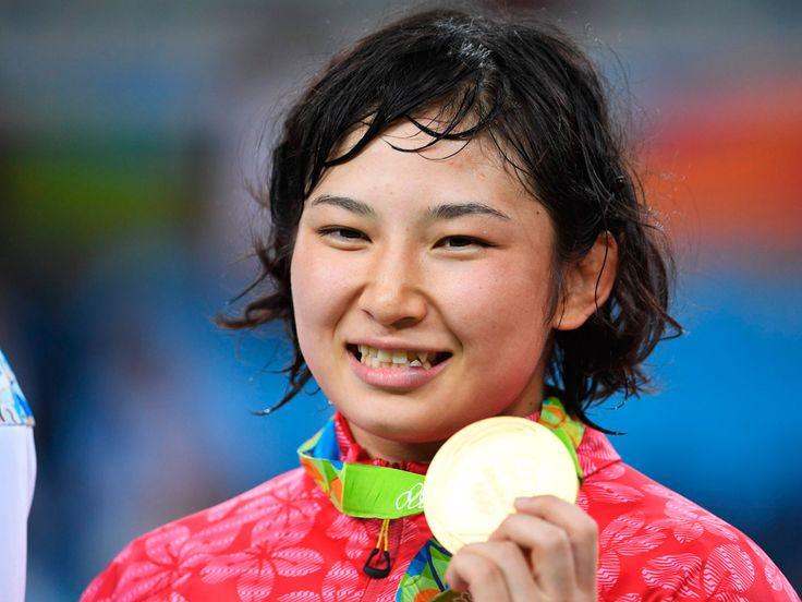 Sara Dosho, Japan vann guldet i damernas fristils brottning 69 kg, Silver Natalija Vorobjova, Ryssland, brons Jenny Fransson, Sverige och Elmira Syzdykova, Kazakstan.