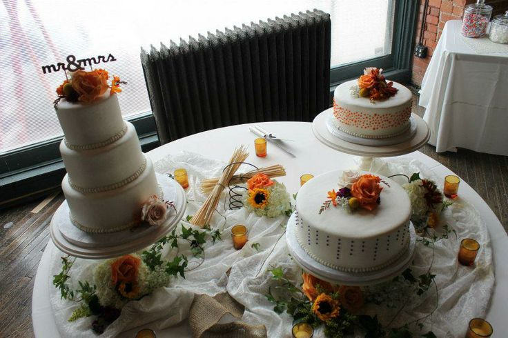 pictures of satellite wedding cakes 115 best images about our wedding cakes they look and 18431