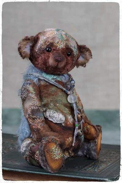 Beanon by By Vera Vlasova | Bear Pile