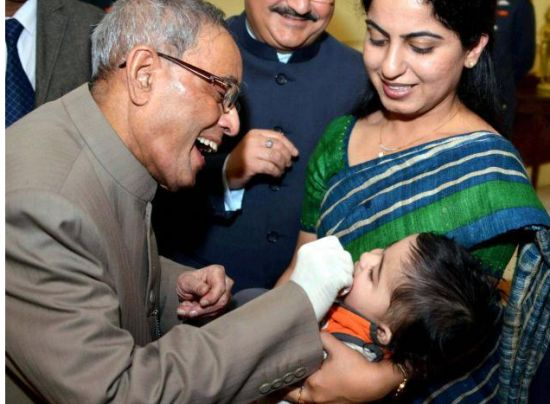 #Delhi: President launches Pulse Polio Programme 2015 - http://www.vishwagujarat.com/india/delhi-president-launches-pulse-polio-programme-2015/