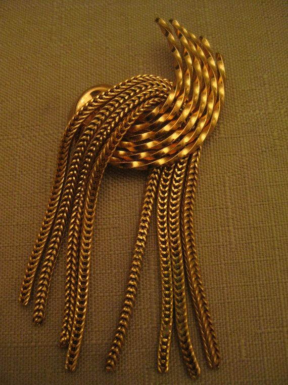 Un Worn Napier HUGE 3 & 3/8 Inches Dangle by vtseredipityboutique