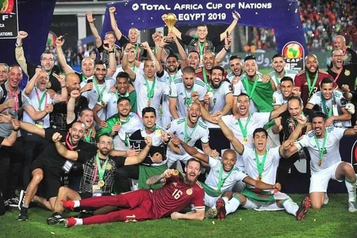 Algerie Pays Du Soleil Et De Beaute We Are The Champions Algeria Football