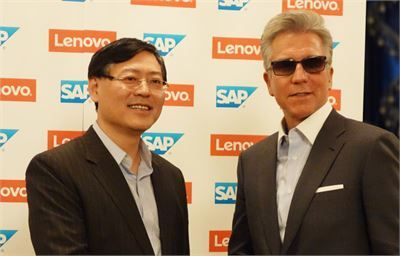 Lenovo CEO Yang Yuanqing ve SAP CEO Bill McDermott