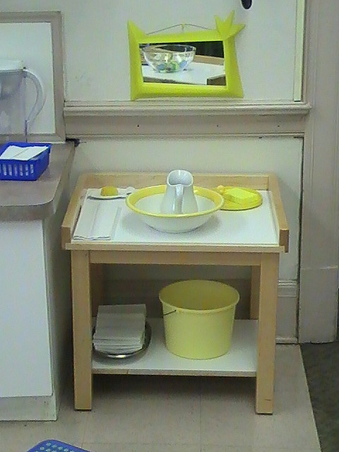 Hand washing station (little fancy for shows, but could be modified)
