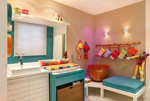 ofurô de bebê!: Baby Decoram, Room, Colors Bathroom, The 4Th Baby, Banheiro Baby, Bathroom Ideas, Dark Purple Bathroom, Baby Decora M, Baby Bathroom