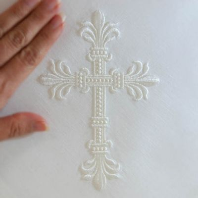 17 best images about machine embroidery christian on for Elegant cross tattoo designs