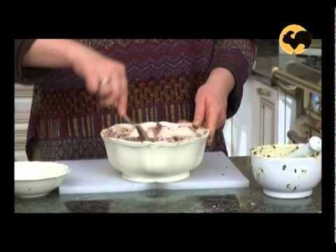 Как приготовить сациви и пхали.  На кухне у Марты 03