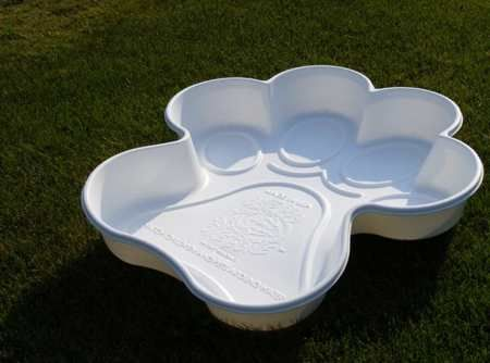 dog swimming pool (paw shaped)  Repined by Yourfavorite Organizer on FB www.neatandsimple...