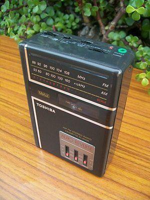 Vintage-Toshiba-Portable-Radio-Cassette-Player