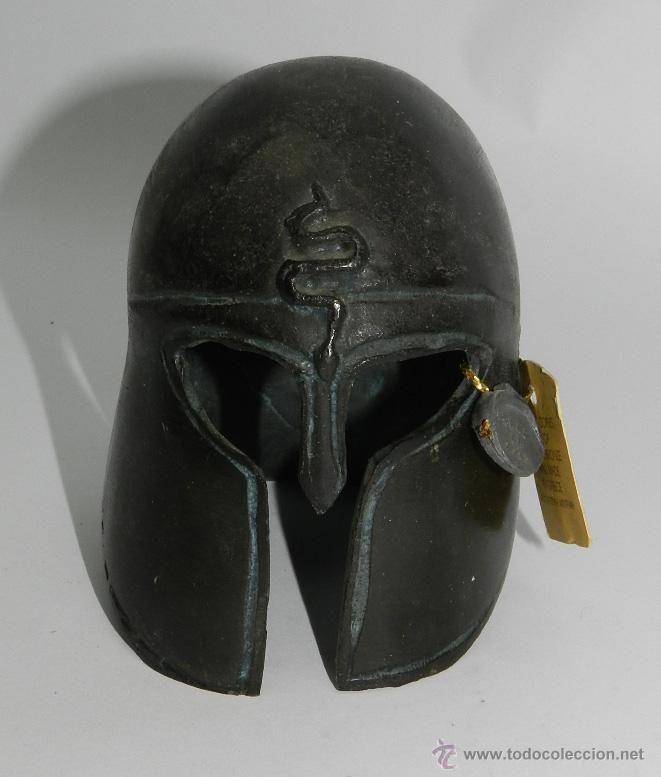 Casco a pequeña escala, guerrero griego espartano, réplica de museo, casco de bronce, que se realizo - Foto 2
